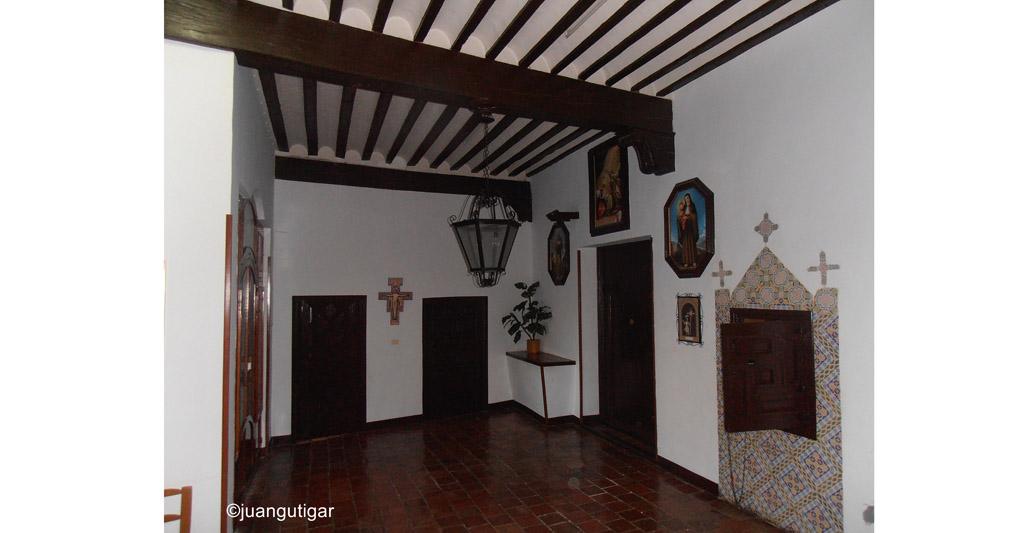Las monjas clarisas de Mula trasladan las piezas del monasterio fuera de la Región de Murcia