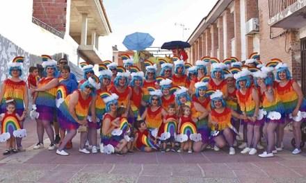 Disfraces, música y baile para todos en Campos del Río