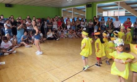 Más de 150 niños han asistido en julio a las escuelas municipales de verano del casco urbano y pedanías