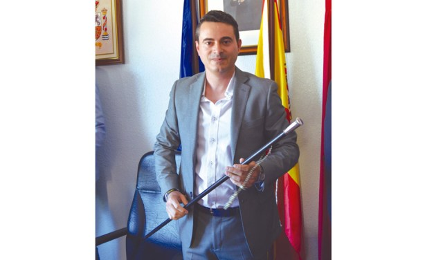 """""""Hemos querido que las fiestas sean muy dinámicas y llenas de diversión para todos los vecinos"""", José Luis Casales, alcalde de Albudeite"""
