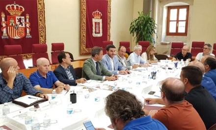 La Comunidad arranca el compromiso al Ministerio de destinar un millón de euros a la restructuración de 300 hectáreas de viñedo