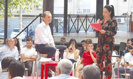 Laura Salas modera un Encuentro Joven con el Ministro Pedro Duque