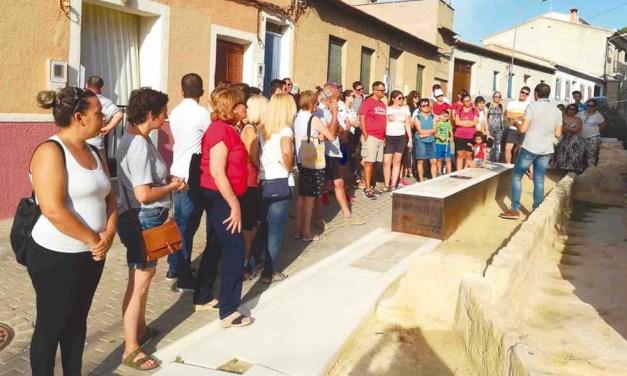 Decenas de personas participan en el primer programa de visitas guiadas a Pliego 'Turisteando 2019'