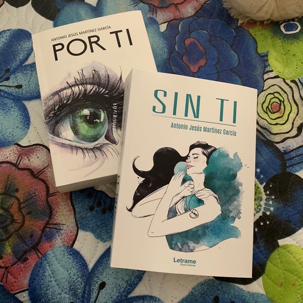 Portadas de 'Por ti' y 'Sin ti', sus dos voluminosos libros