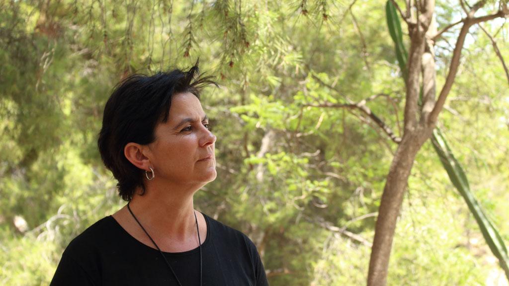 """Magdalena Sánchez Blesa pregona con su poesía las """"Fiestas"""" del Centro de Día de Cehegín"""
