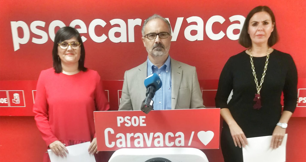 Dos de las tres mociones presentadas por el Grupo Municipal Socialista de Caravaca salen adelante por unanimidad