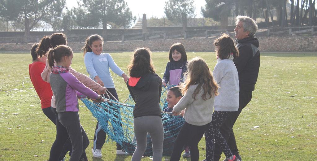 Asociaciones deportivas, colegios y Ayuntamiento promueven las III Olimpiadas Escolares de Bullas