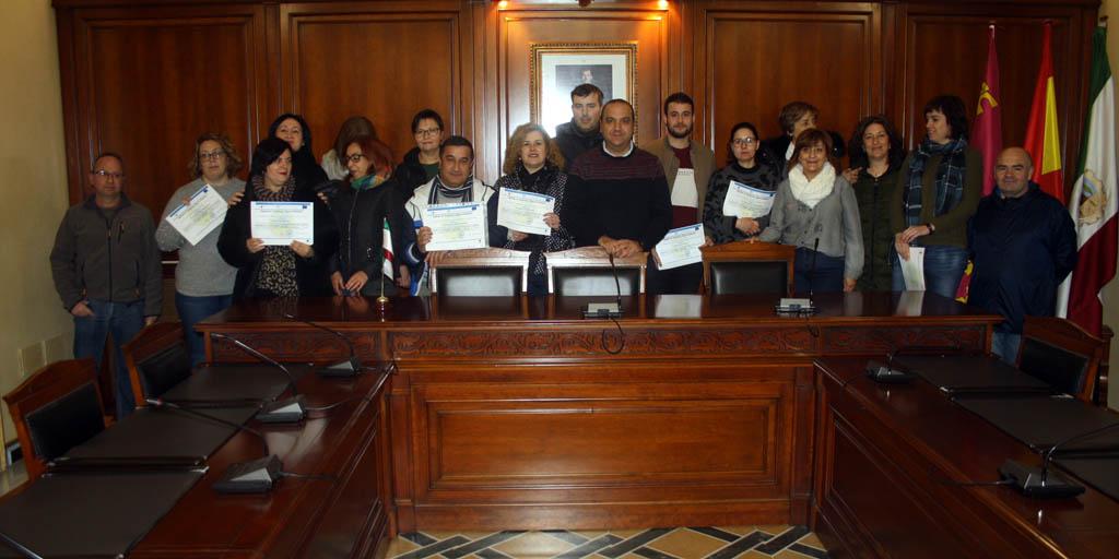 Entregados en Cehegín los diplomas del curso de 'Atención sociosanitaria a personas dependientes en instituciones sociales'
