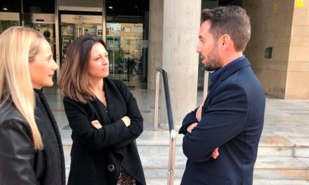 La Alcaldesa de Cehegín solicita ayuda a la Dirección General de Vivienda para construir y rehabilitar Viviendas Sociales