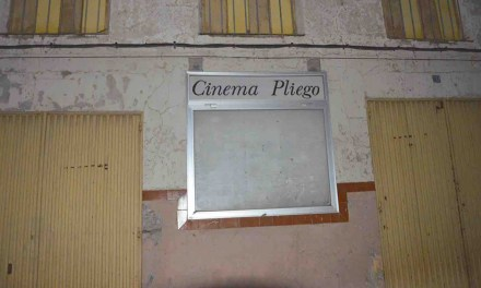 La plataforma ciudadana «Pliego por su cine» organiza una gala de variedades en el Teatro de Mula
