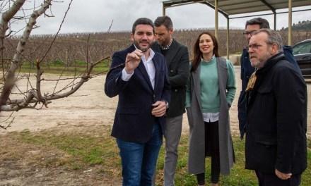 Antonio Luengo visita Caravaca de la Cruz y mantiene un encuentro con representantes de organizaciones agrarias de la zona