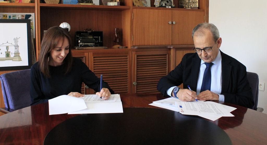 El Ayuntamiento de Bullas firma un convenio de colaboración con Amusal para fomentar el emprendimiento colectivo en el municipio