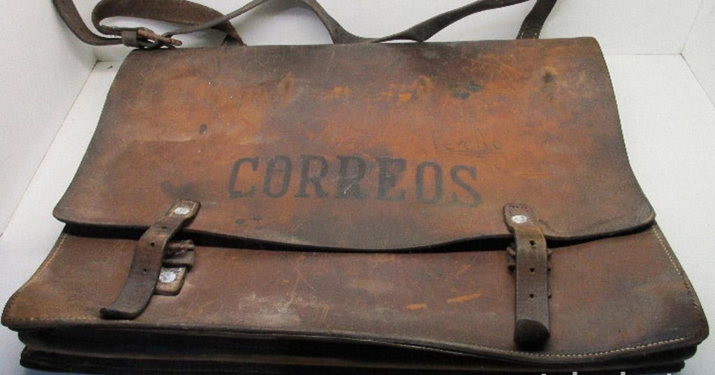 Viejas valijas de Correos