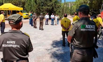 Antonio Luengo visita la Casa Forestal de Cehegín y reconoce la labor de los agentes en la pandemia y en la lucha contra el fuego