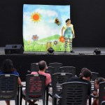 """La Cuentacuentos Raquel Torres con """"Los cuentos de Celia"""" entretuvo a grandes y pequeños en el Auditorio Cine Rosales de Calasparra"""
