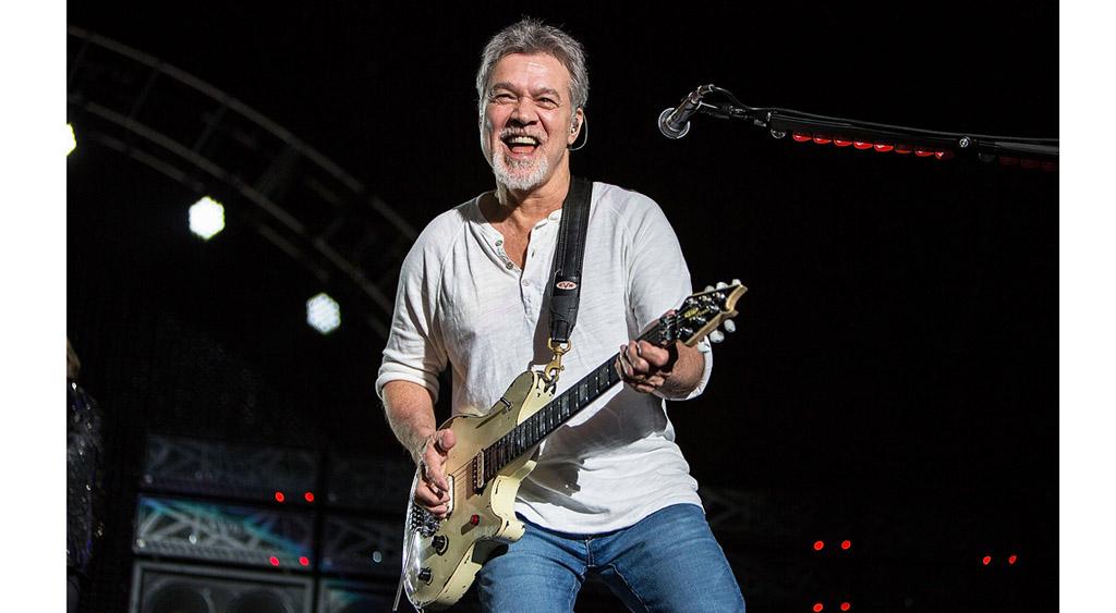 """Un cáncer de garganta se lleva a Eddie Van Halen, el """"Sonriente Dios de la guitarra"""""""