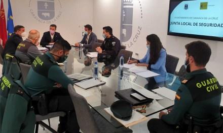 Caravaca pide en la Junta Local de Seguridad que la vigilancia de los inmigrantes de 'El Cenajo' no recaiga en los agentes de la Guardia Civil del Cuartel de la localidad