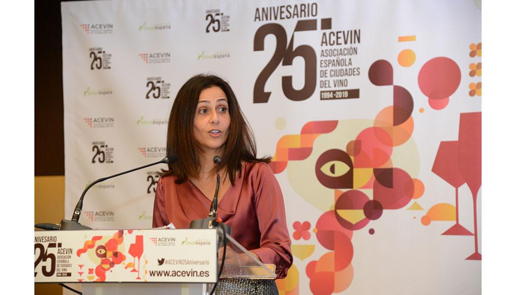 """Cristina Sánchez, consejera de Turismo: «El enoturismo es 'un todo bondades'"""""""