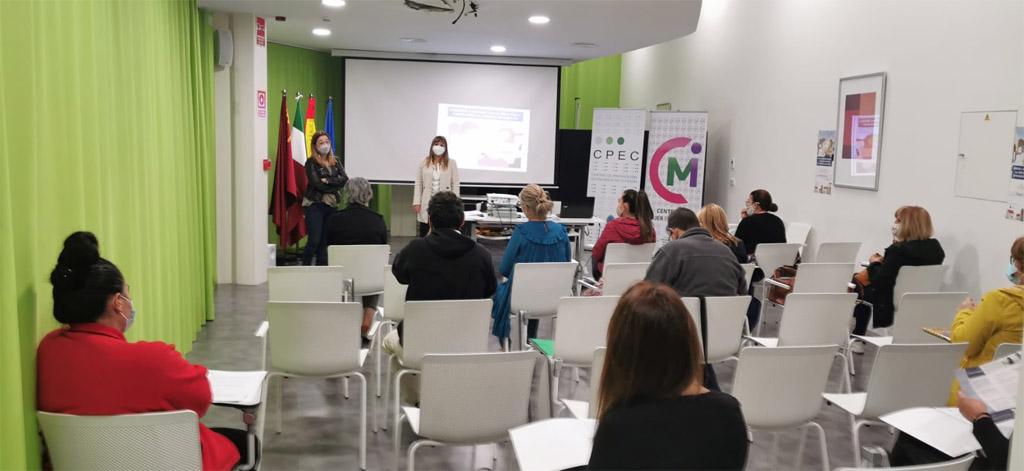 """Comienza en Cehegín el curso """"Formación psicoeducativa"""" de la ONG Solidaridad Intergeneracional"""