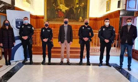 Caravaca refuerza la seguridad ciudadana con la toma de posesión de tres agentes de Policía Local, más otros cuatro que lo harán el próximo mes