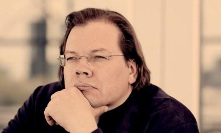 El joven y prestigio director moscovita, Aleksandr Vedérnikov, sorprendido por el coronavirus