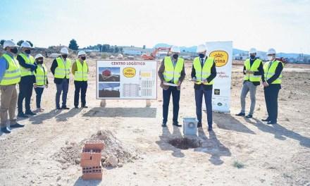 Con la colocación de la primera piedra se inician las obras del nuevo Centro Logístico-Frigorífico de Reina Group