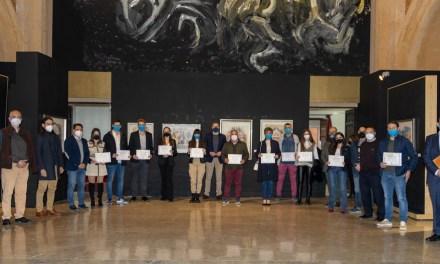 El Ayuntamiento de Caravaca premia a once estudiantes que finalizaron Bachillerato, Formación Profesional y Música con los mejores expedientes de su promoción
