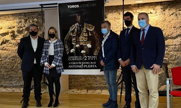 """Presentada la """"Corrida de los claveles"""", que tendrá lugar el 27 de junio en Cehegín"""