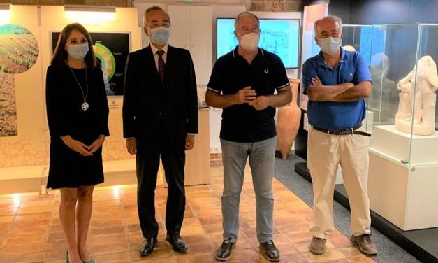 El Embajador de Japón visita Bullas