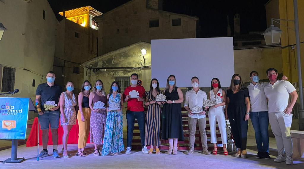 Juventudes Socialistas reconoce la valía y el trabajo de jóvenes cehegineros
