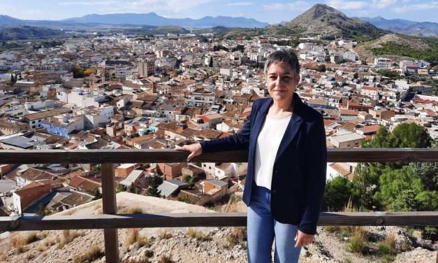 """Teresa García, alcaldesa de Calasparra: """"Con compromiso e ilusión es posible disfrutar de estos días especiales para todos"""""""