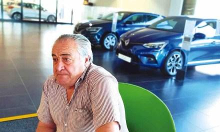 José de la Cruz López, presidente de ASACAR: «El que quiera comprar un coche en la comarca, en Caravaca seguro que tiene un traje a su medida»