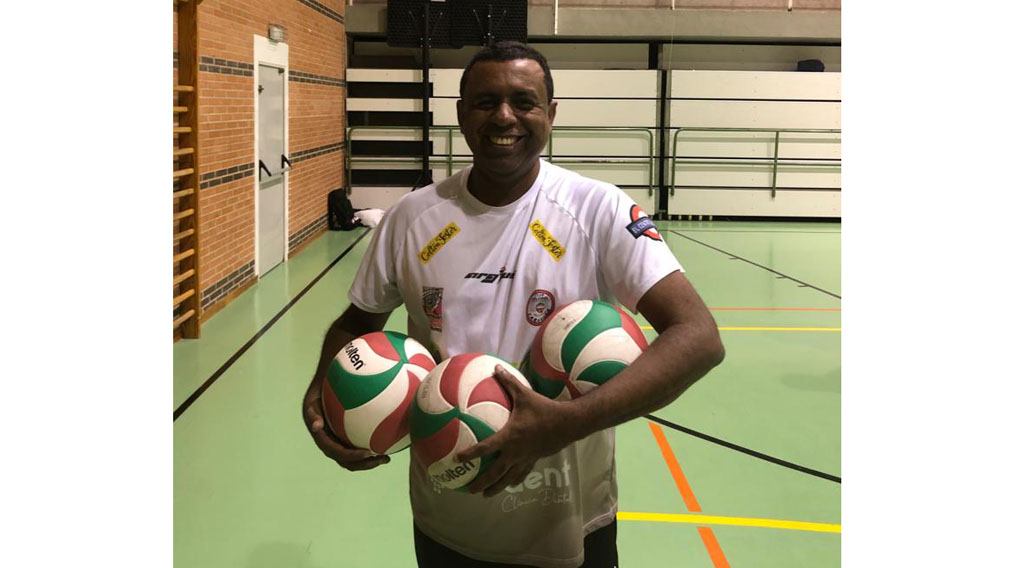 Eddy Carvalho: «Creo que es la mejor formación del Club Voleibol Caravaca de los últimos años»