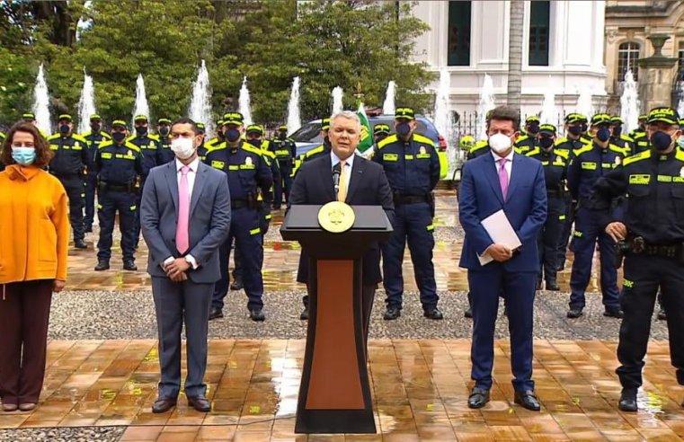Nuevo uniforme, 'bodycam', cambios anunciados en la Policía Nacional