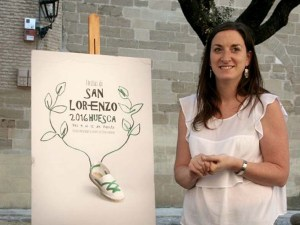 Maria Rodrigo, concejala de fiestas, presentado el cartel / Foto: Ayto de Huesca