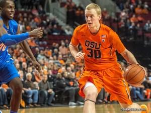 Olaf Schaftenaar jugando en su anterior club / Foto:  osubeavers.com