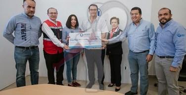 Trabajadores de Presidencia, JAPAM y DIF aportan 186 mil pesos a Cruz Roja