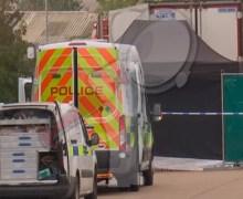 Hallan 39 cadáveres en remolque de un camión en el Reino Unido