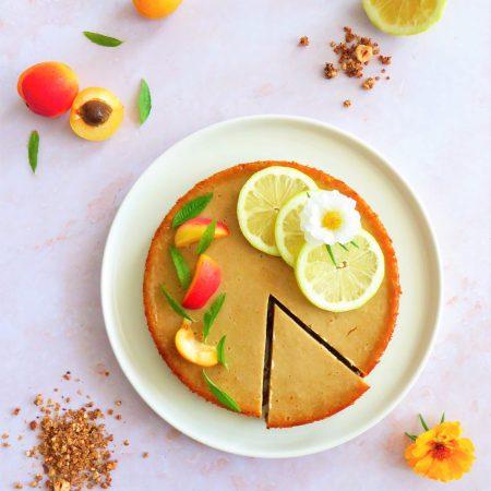 Tarte vegan façon cheesecake amande, miel et fleur d'oranger
