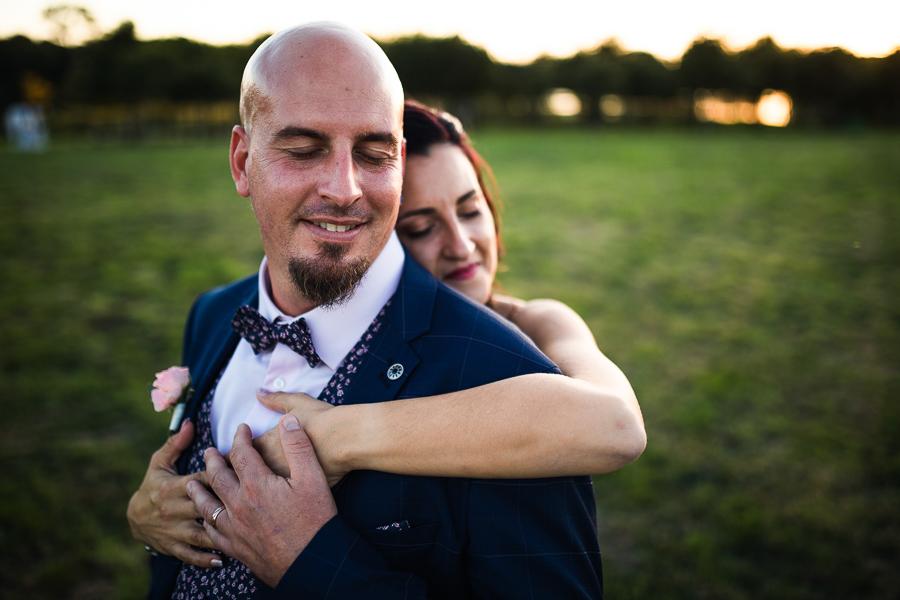 Couple de mariés au domaine de Kerbillec à Vannes.