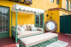 Top Summer Furniture for Your Outdoor Space (26)