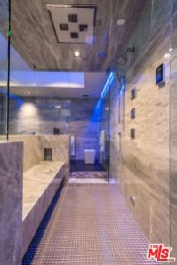 Trending Ideas of Bathroom Design For 2018 (5)