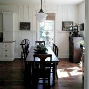 Cottage dining room inspirations with friendly classic style.