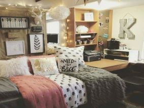 Affordable Bedroom Decor Hacks to Make minimalist decoration from cheap bedroom accessories Part 69