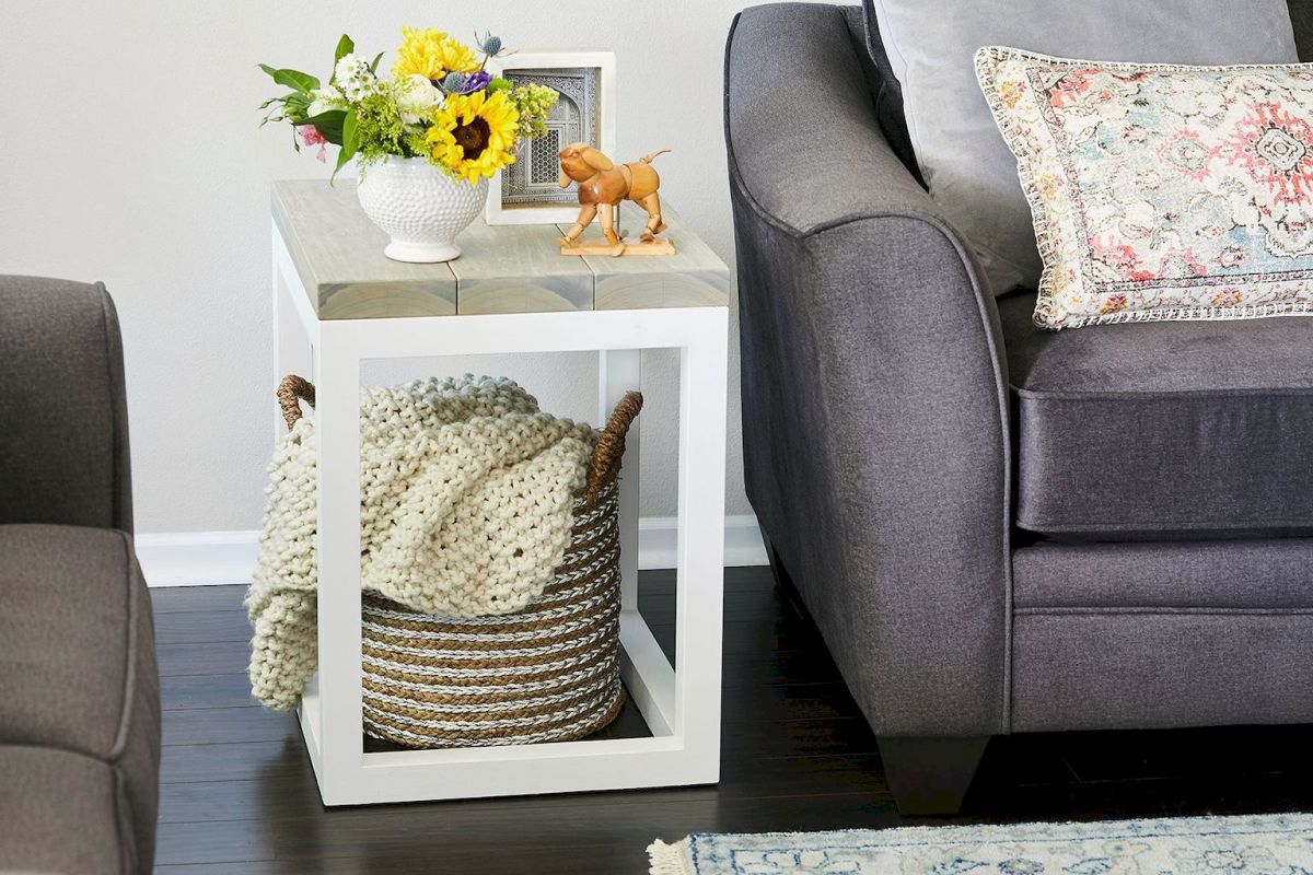 Creative Farmhouse Style Side Table Design Made From Scrap And Reclaimed Materials (45)