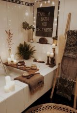 Easy Bathroom Makeover Inspirations with Cheap Decoration and Accessories Part 26
