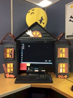 Inspiring Decoration Ideas of Halloween Cubical Office (15)
