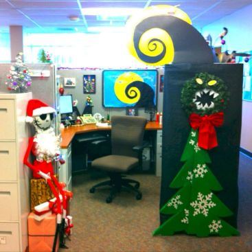 Inspiring Decoration Ideas of Halloween Cubical Office (4)
