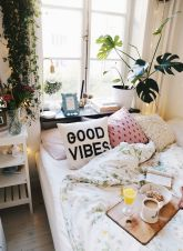 Artsy Bohemian Home with Colorful Decorating Concept Part 10
