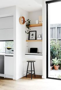 White Desk Ideas for Modern Home Office Design Part 35